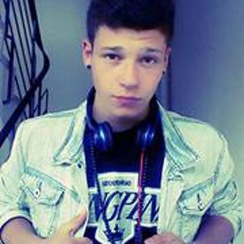 Tarek Tobacco's avatar