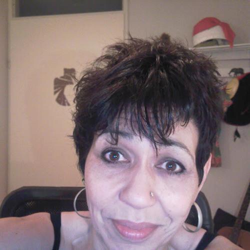 Roshyn Carrière's avatar