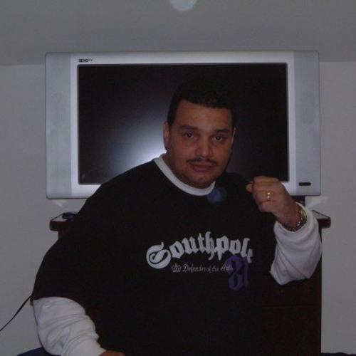 axel5608's avatar