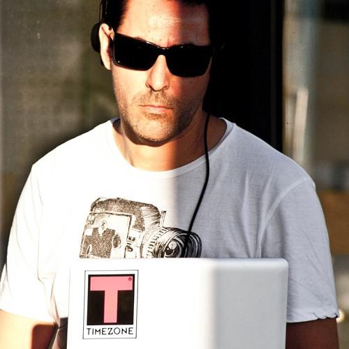 DjThruster's avatar