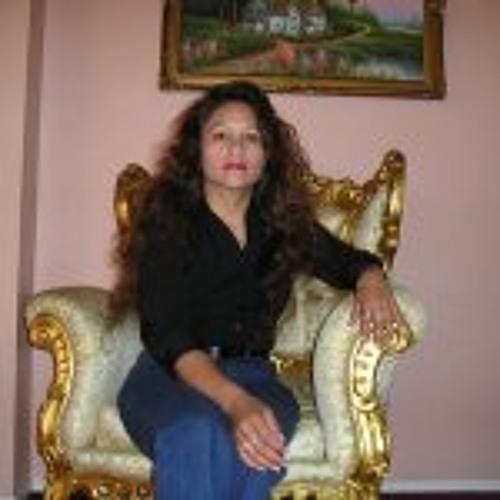 Rosalind Perez's avatar