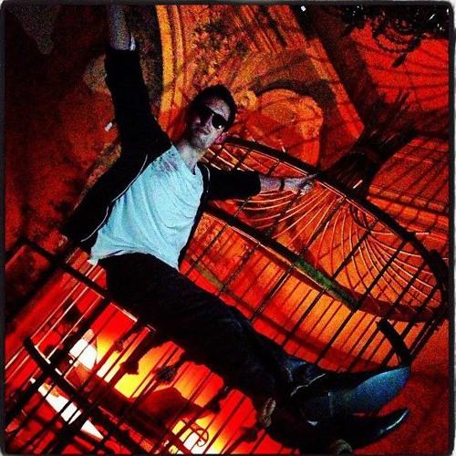 Victor Il Fisciante's avatar