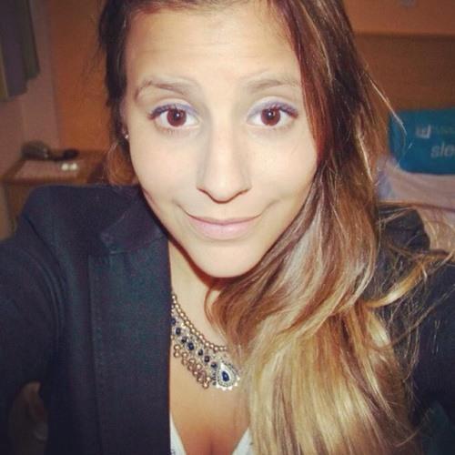 Marina Juliano's avatar