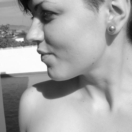 Laura Everdeen's avatar