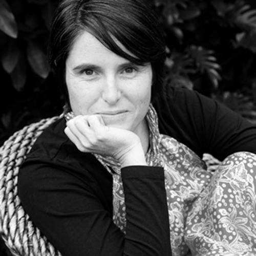 Naomi Sunderland's avatar