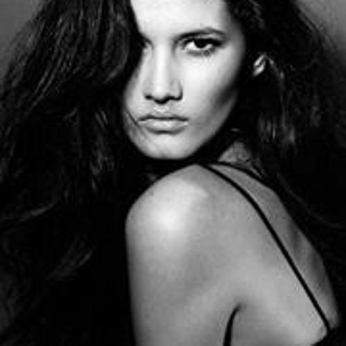 Sara Ribeiro's avatar