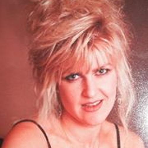 Caroline Groom's avatar