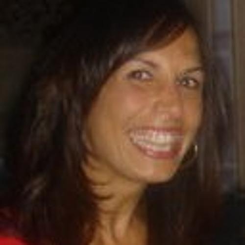 Julia Strivens's avatar
