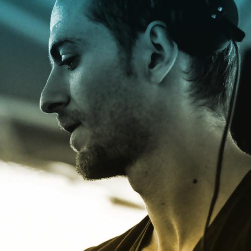 ROMEO.'s avatar
