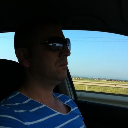 Besnik Ivanja's avatar