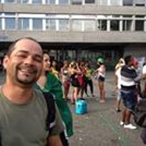 Walfredo Santos Fermaud's avatar