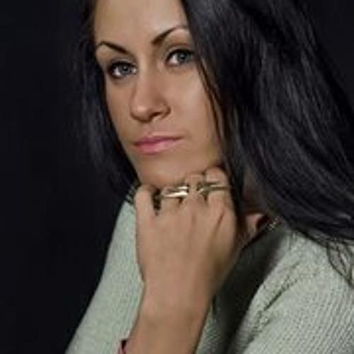 Aiste Sto's avatar