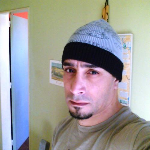 Fernan Montiel's avatar