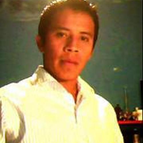 Oswaldo Manuel's avatar