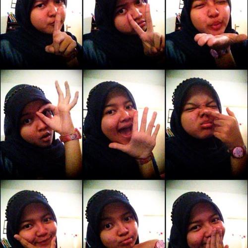 NaomiGitash's avatar