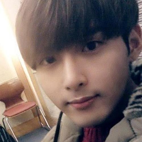 Ryung9's avatar