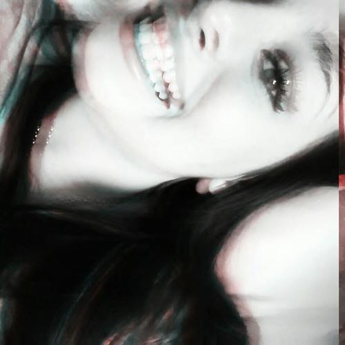 Maddie Alello's avatar