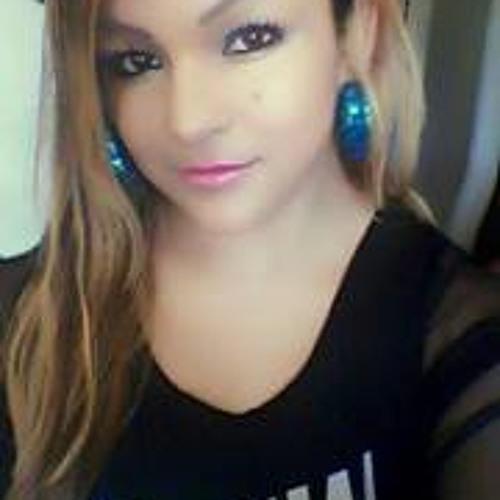Lilian Ulloa's avatar