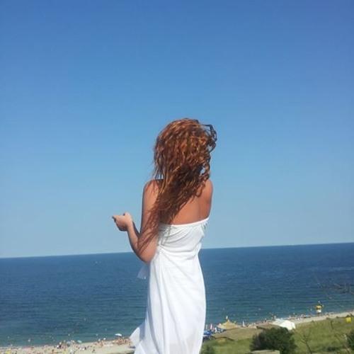 Luiza Nicolescu's avatar