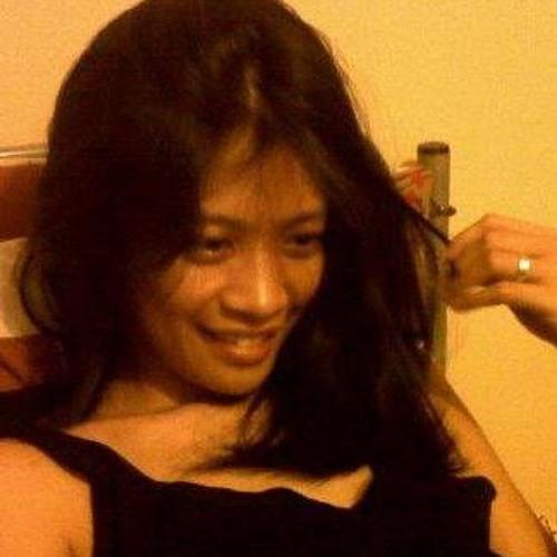 Michee Santos's avatar
