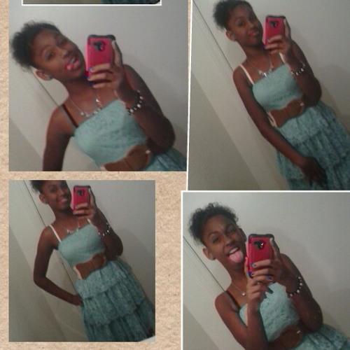 angelique_7899's avatar