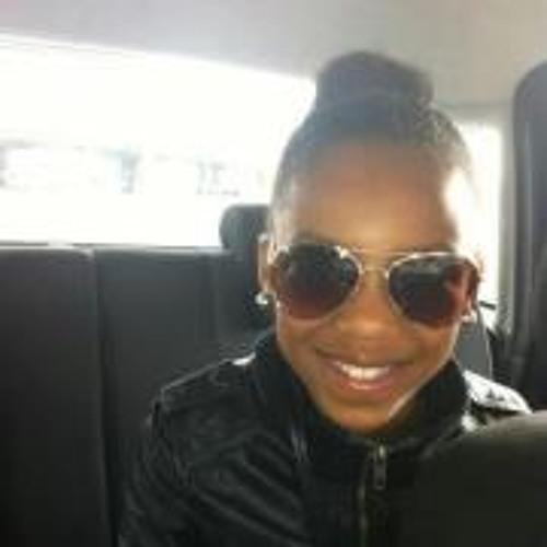 Shanaya Marten's avatar