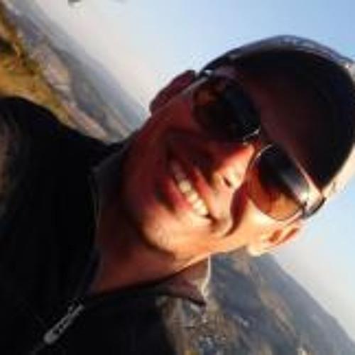 Adriano Gomes 23's avatar