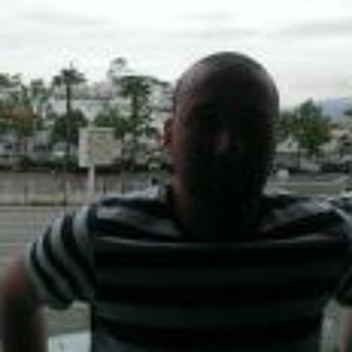 Midou Boudiaf's avatar