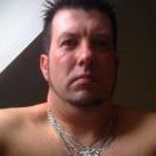 Wayne Fisher 3's avatar