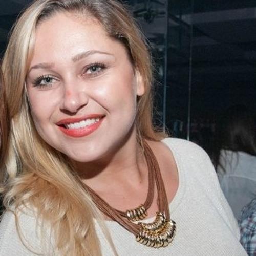 Fernanda Ribas's avatar