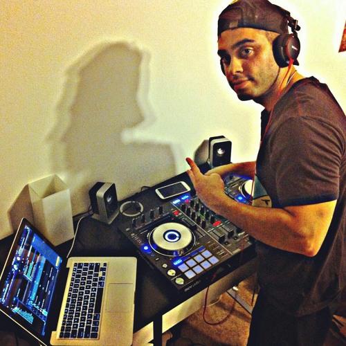 DJ Saman's avatar