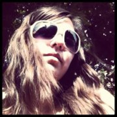 Lucia_Rocha's avatar