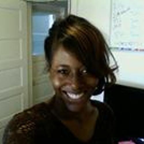 Valerie Henderson 3's avatar