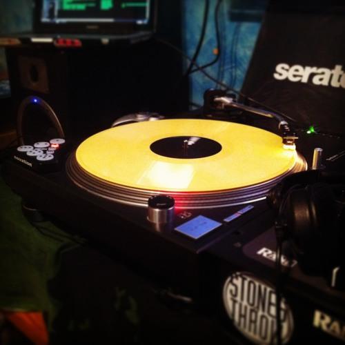 DJ Savi-D's avatar