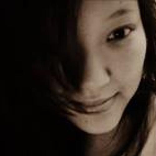 Debbie Ong 2's avatar