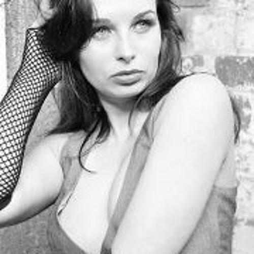 Josefina Winstone's avatar