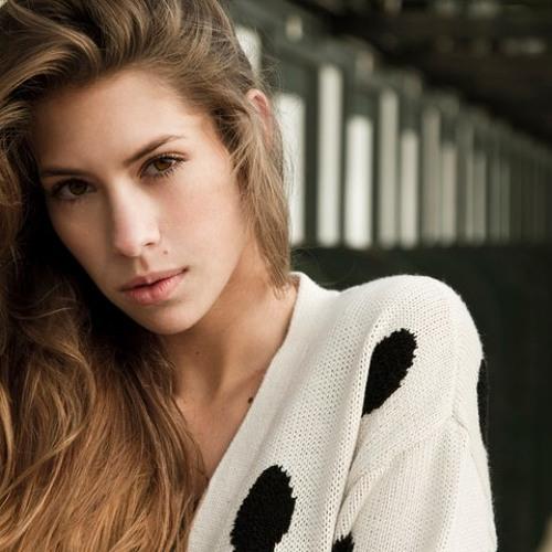 Nina Schwalbennest's avatar