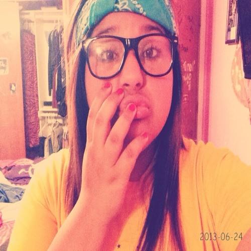 Andrea;)'s avatar