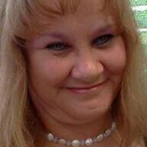 Linda Komarck's avatar