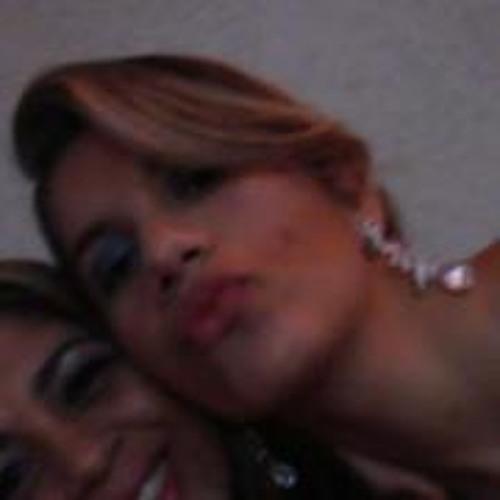 Thayná Ribeiro 4's avatar