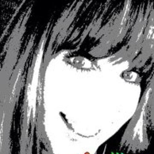 Lucie Carpenter's avatar