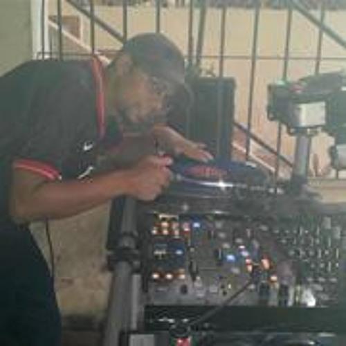 Ricardo Santana 21's avatar