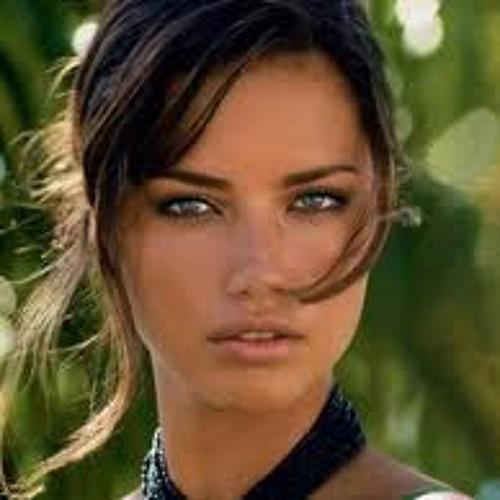 Camylla Shemberg's avatar