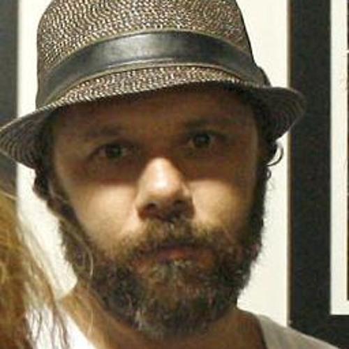 Evandro Oliver's avatar