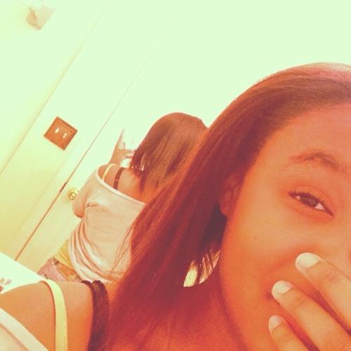Mariah1206's avatar