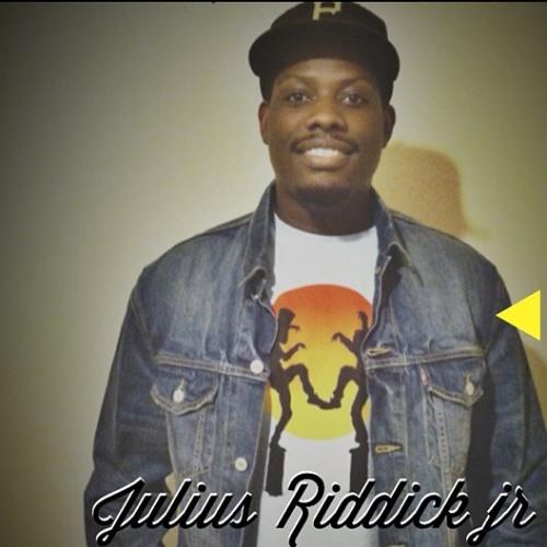 Julius aka Jr's avatar