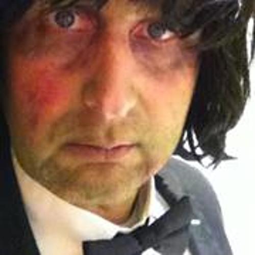 Gavin Hugh Robinson's avatar