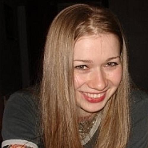EmilyCrossland's avatar