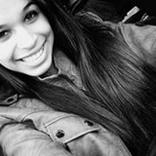Julia Grossi 1's avatar