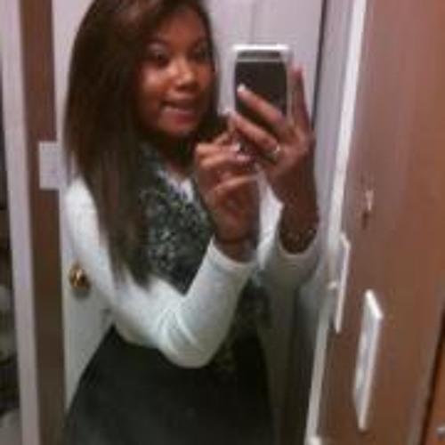 Nadia Clarissa Browne's avatar